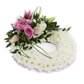Classic Massed Wreath - Pink and White